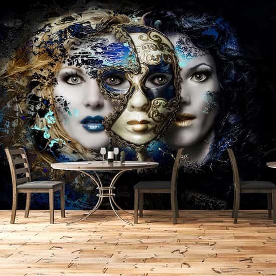 Maskeli 3'lü kadın tasarım duvar kağıdı
