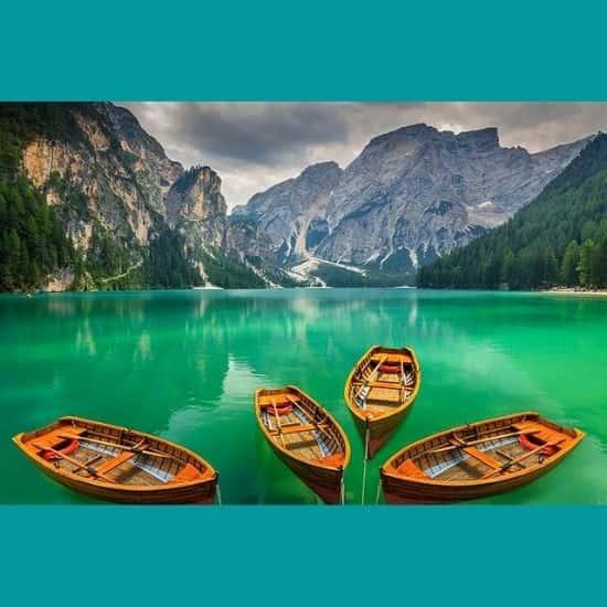 Yeşil Göl ve Kayıklar